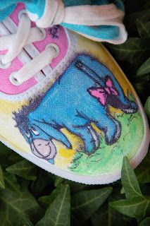 OH MY GOODNESS THE BEST SHOES EVER!!!!!!!!!!!!!! I LOVE EYORE ASDFGHJKL
