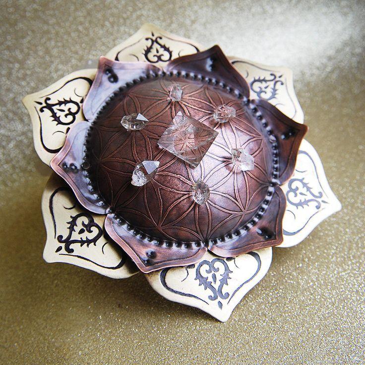 Sacred Geometry Crystal Grid Lotus small Mandala  by CarobniKutak