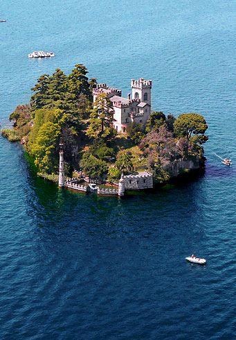 Isle de Loreto, lago Iseo, Italia