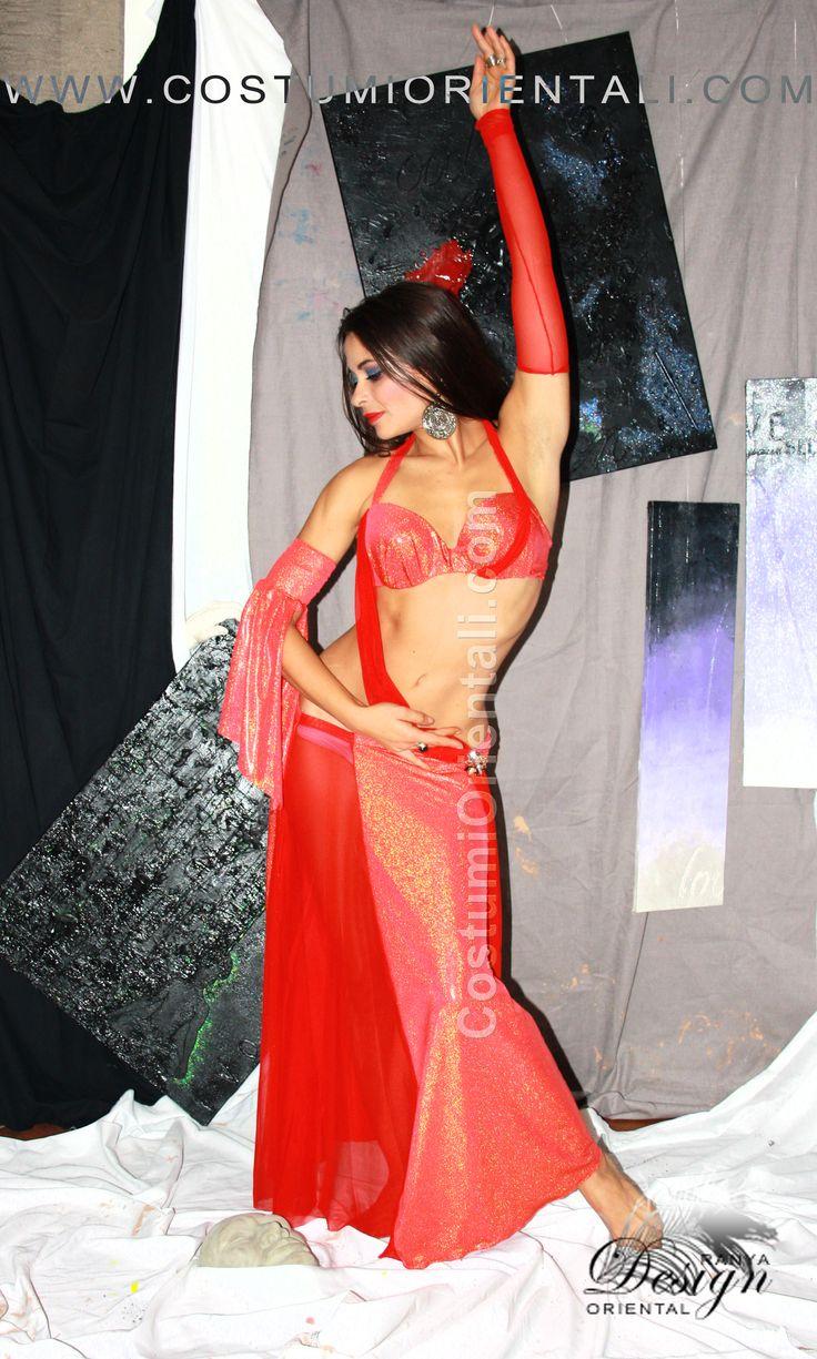 bellydance costumes info: www.costumiorientali.com ( bellydancer Zaira Gipsy Dreamer)