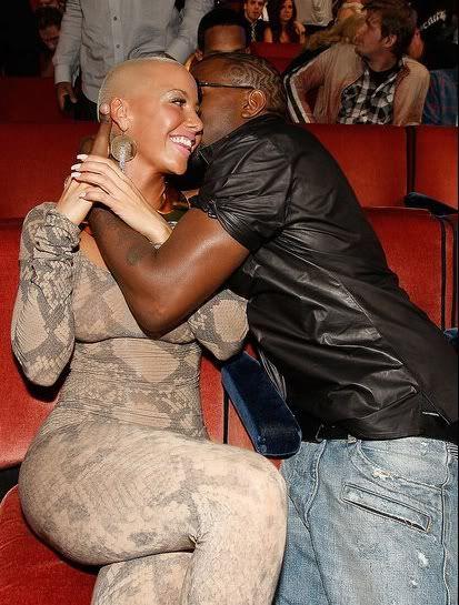 kanye west amber rose | Kanye West with indecently dressed girlfriend Amber Rose at 2009 MTV ...