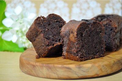 Nigel Slater's chocolate & beetroot cake - ナイジェル・スレーターの 「チョコレートとビーツのケーキ」 : plat du jour*