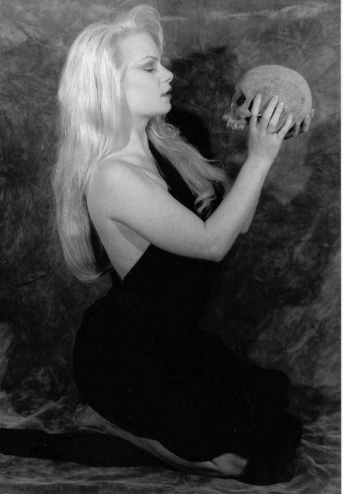 thepsychotexotic:  Zenna LaVey