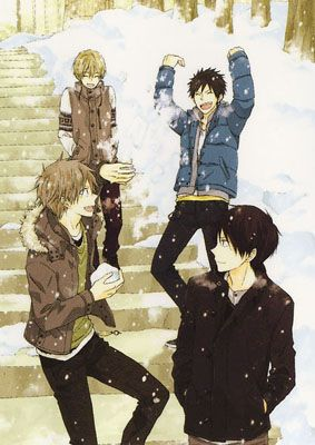 Seishun Kouryakuhon <3 a short manga (7 chapters) about the friendship between four boys and how each of them feels about their senior years coming to an end <3 very sweet and very nostalgic <3