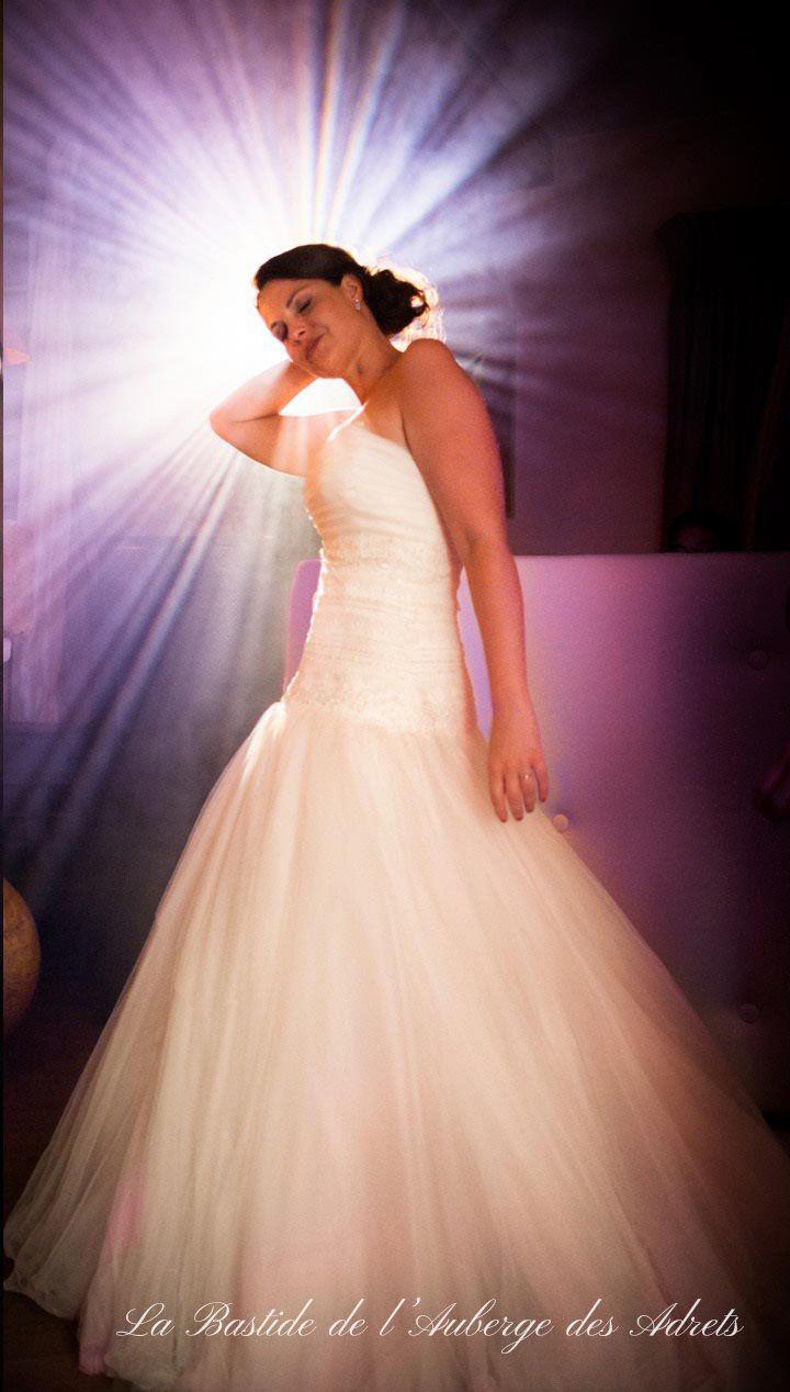 Wedding venues in France #wedding #France #Provence #dress #fiancée #weddingvenueinfrance