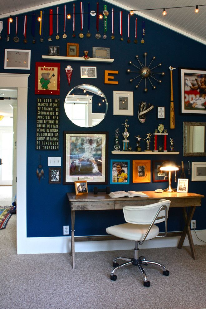 Décor tip idea: Hang medals up high to give height to a room and define the space.
