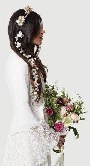 Pretty flowers for hair from Stone Fox Bride #magical #wedding #forest bride