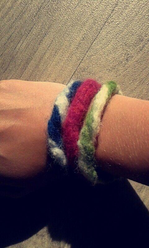 Vilten armbandjes