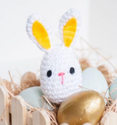 Easy little amigurumi bunny Easter egg - free crochet pattern // Egyszerű húsvéti tojás nyuszi - ingyenes amigurumi minta // Mindy - craft tutorial collection // #crafts #DIY #craftTutorial #tutorial