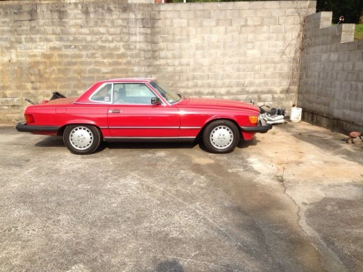 Used 1989 Mercedes 560SL removable top http://www.classifiedride.com/view_ad/id/1244000-Used+1989+Mercedes+560SL+removable+top