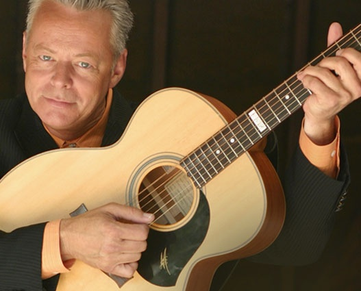 Master guitar player, Tommy Emmanuel - Angelina | Eclectic ...