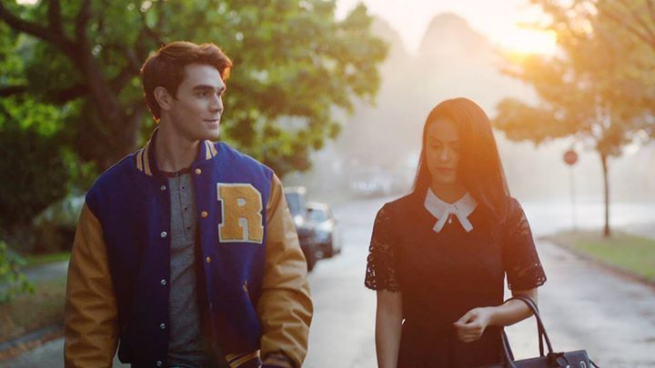 Welcome to Riverdale, the town with pep! And a deadly secret. Stream the premiere on The CW App: on.cwtv.com/2jxEa8d #christmasearrings #christmasfashion #christmas2016 #giftforgirls