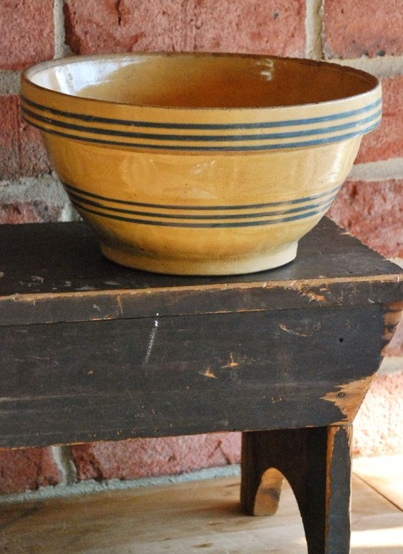 FREE SHIPPING!!  Antique Blue Striped Yelloware Bowl - Primitive Homestead Pottery Bowl - Rustic Farmhouse Mixing Bowl -French Country Style