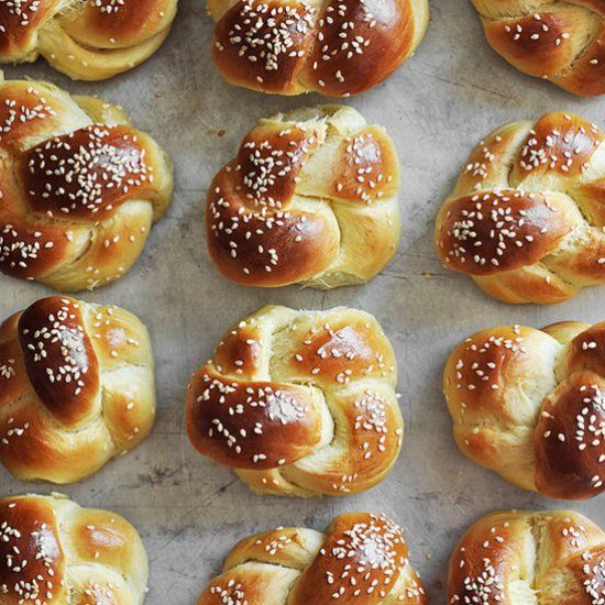 Delicious yeast egg bread made into small rolls, perfect for dinner or buns for sandwiches and sliders!