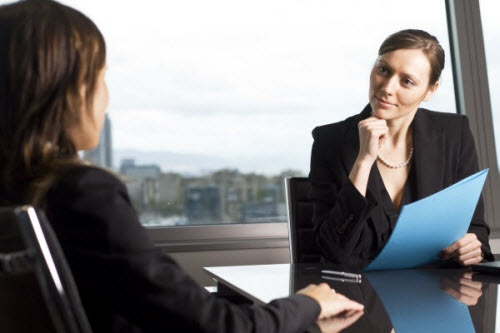 Top 10 interview questions & how to tackle them. Very good!
