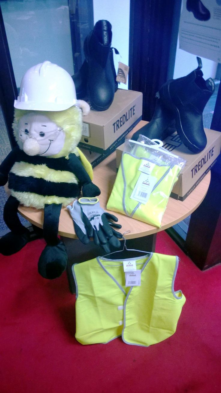 Safety first, a range of our personal, protective equipment (PPE) We ensure our candidates stay safe.