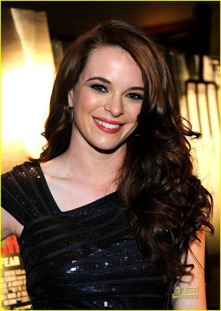 Danielle Panabaker Height, Weight, Body Measurements