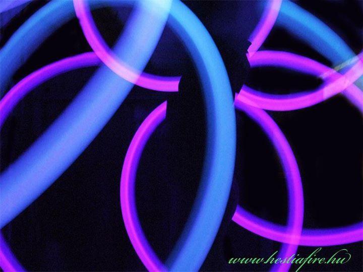 Led light show - led juggling -juggler - poi