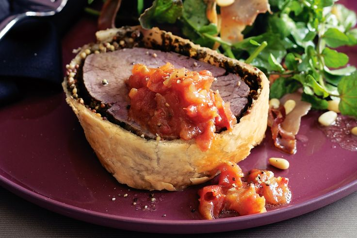 Chunky tomato relish adds colour and flavour to all your favourite meat dishes or sandwiches.