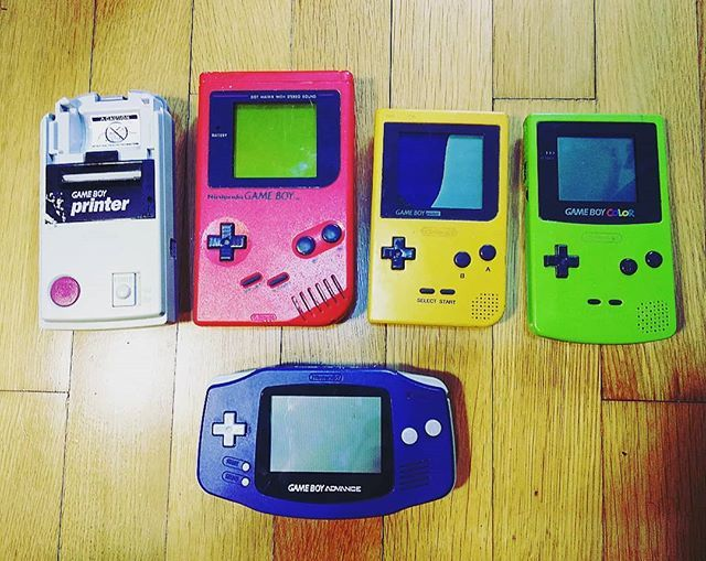 My old lovelies all working! (Exept the poket's screen ) :3.  #nitendo #gmc #gameboy