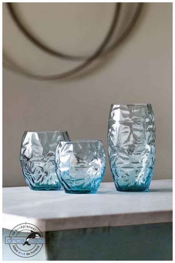 Something Blue... Deze prachtige glazen staan nu in onze shop!