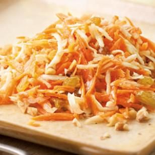Delicious Carrot Salad with Honey-Lemon Dressing Recipe