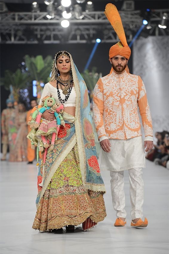 50 Best Wedding Outfits from Pakistan Bridal Fashion Week