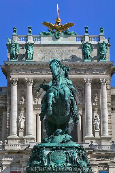 Entrance to the Hofburg Complex (Imperial Palace), Vienna, Austria. Habsburg Palace complex with ornate, Baroque interiors, imperial apartments and silver museum.                                          Photo by Keren Su (V)
