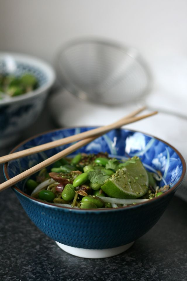 Maura from Yellow Lemon Tree shares her take on buckwheat noodles with mushrooms, soy beans and sesame seeds