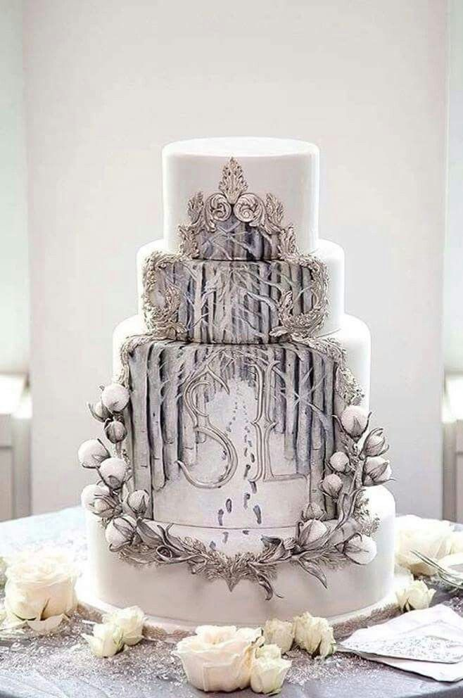 This Minas Tirith wedding cake is...wow. // The Lord of the Rings Trilogy  Cake Opera Co.