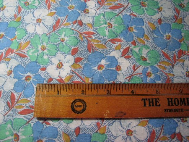 Vintage 1960s fabric 44 inches wide by 1 yard long by MajorVintageShop on Etsy