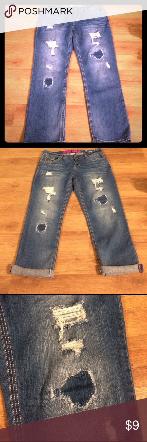 """Hydraulic Gramercy Cropped Distressed Jeans Hydraulic brand """"gramercy"""" cropped jeans, size 7/8. They can be cuffed for capri length or worn regular at ankles. They have distressing on front and pink thread accents. Hydraulic Jeans Ankle & Cropped"""