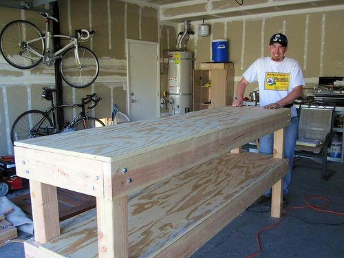 I want this bench to pot my plants! Step-by-Step tutorial to build a large (and in charge) work bench!