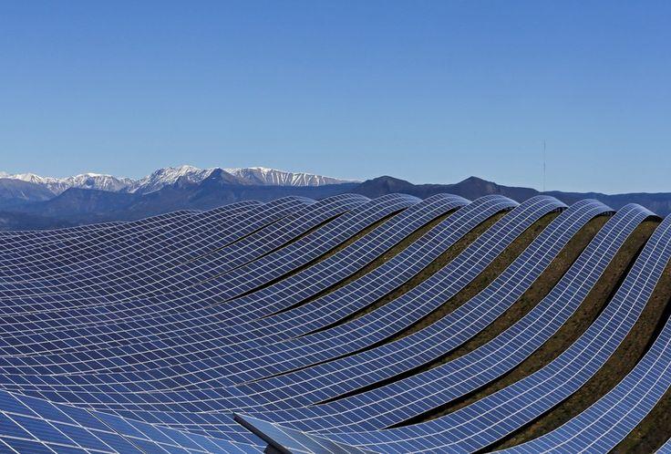 Солнечная электростанция в коммуне Ле-Ме.