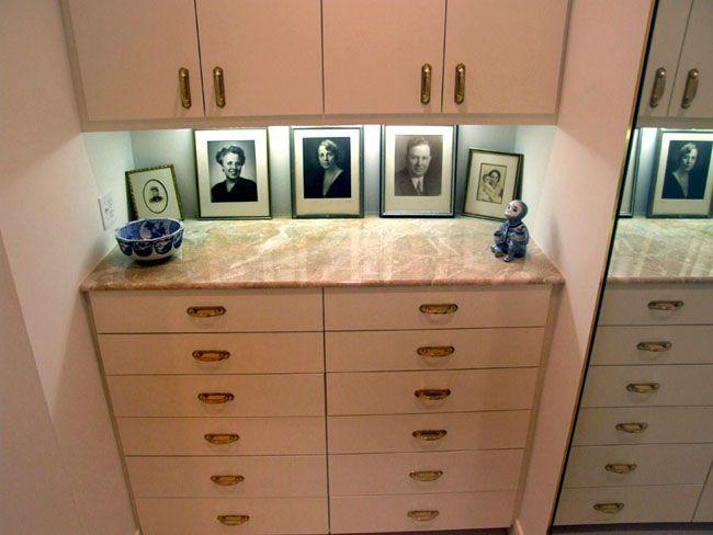 Best 25 Closet dresser ideas on Pinterest Open closets Dressing room decor  and Ikea closet hack. His And Hers Dresser   penncoremedia com