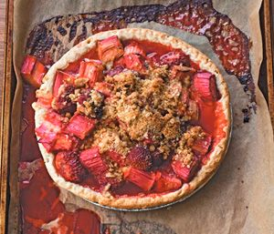 Rhubarb-Strawberry Crumble Pie: A White House Favorite | Books for ...