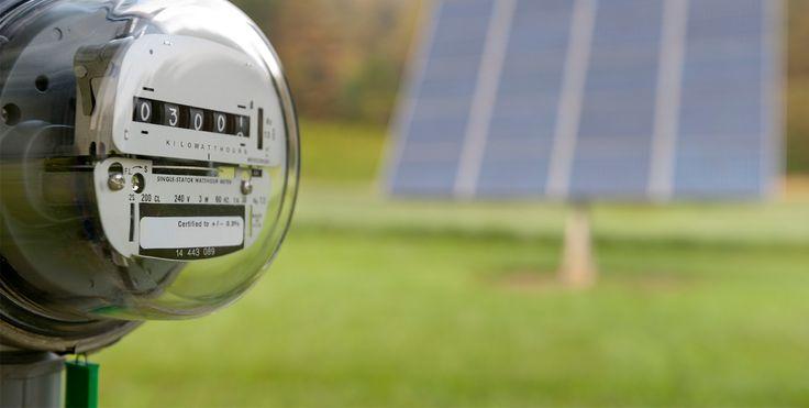 'Güneş Tarlası' ile 600 Bin TL Tasarruf İzmir Kalkınma Ajansı'nın destekleriyle kurulan Güneş Tarlası, 2014 yılının son aylarında, Yamanlar Dağı eteklerindeki arazide faaliyete geçirildi.  Alternatif enerji kaynaklarının kullanımına dikkat... http://www.enerjicihaber.com/news.php?id=2464