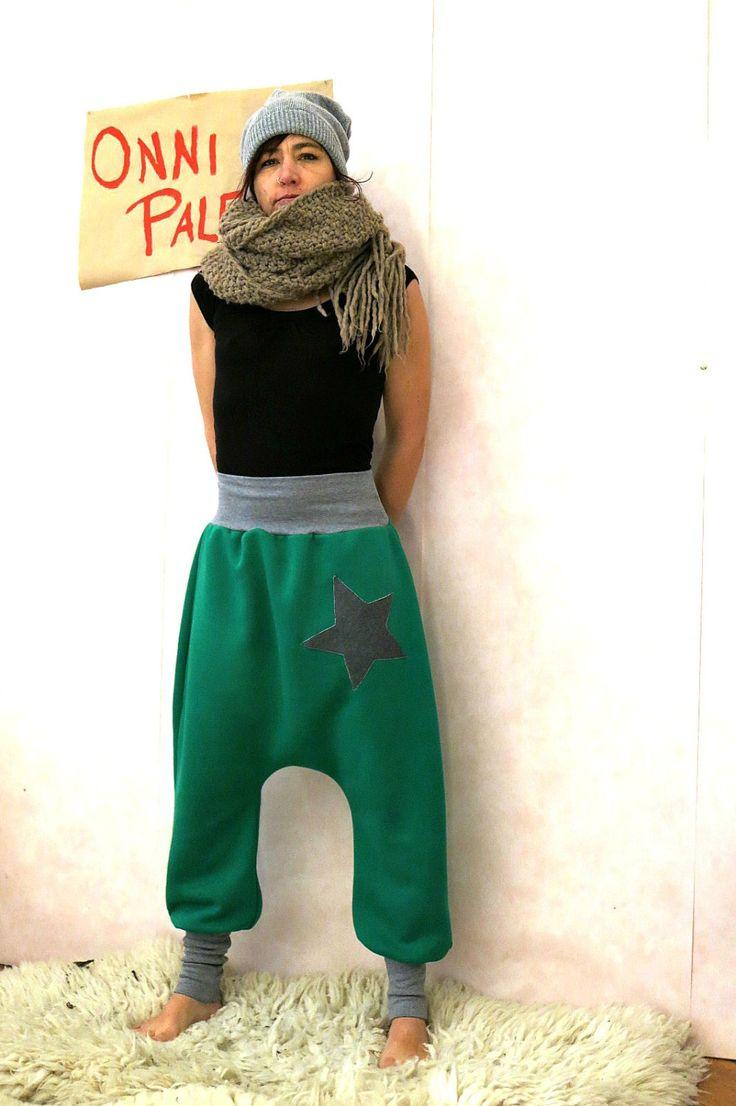 Grüne Haremshose aus Sweatshirt Stoff mit Stern, Sarouel, Pumphose, Yogahose, Schwangerschaftshose, Baggy Hose, Sweathose, Jerseyhose by OnniPalermo on Etsy