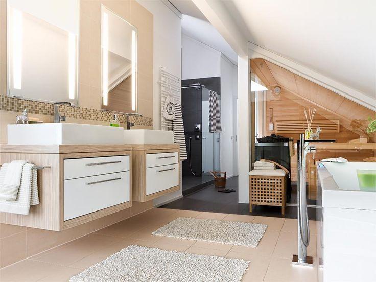Dachschräge Und Sauna Badezimmer Klein Badezimmer