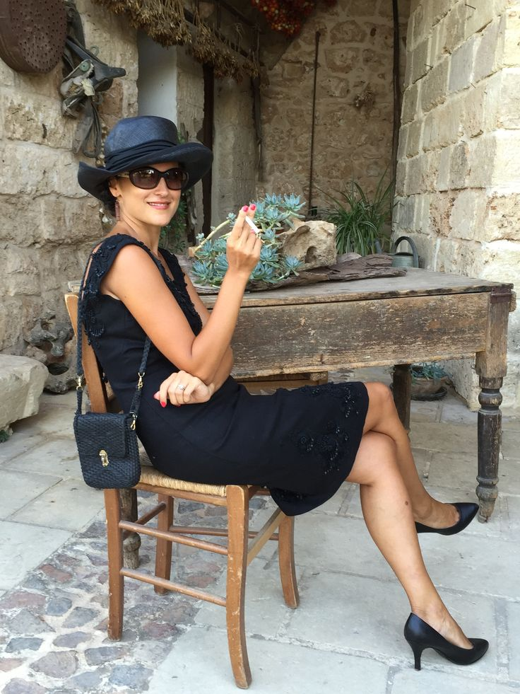 #Location #Photoshooting #Italy #Salento #Mediterranean #Puglia Masseria Le Stanzie #fifties #dresscode #partydress #cocktaildress #eveningdress #vintage