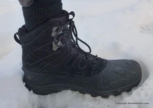 Merrell Moab Polar 400 Gram Insulated Hiking Boots Review - https://sectionhiker.com/merrell-moab-polar-400-gram-insulated-hiking-boots-review/