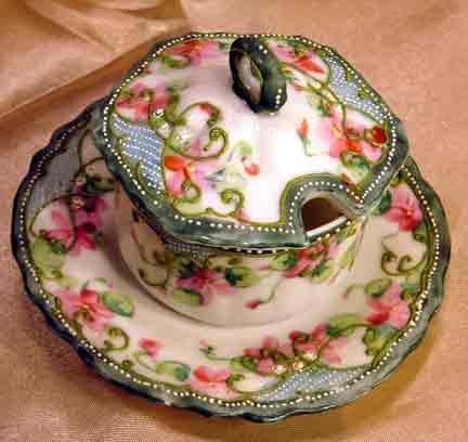 Late 19th century mustard pot. German.
