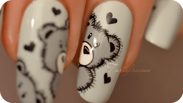 Nail art Ourson Teddy Bear