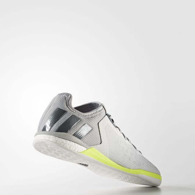 adidas - ACE 16.1 Court Shoes
