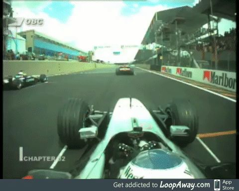 F1 driver stalling his car at the start of a race
