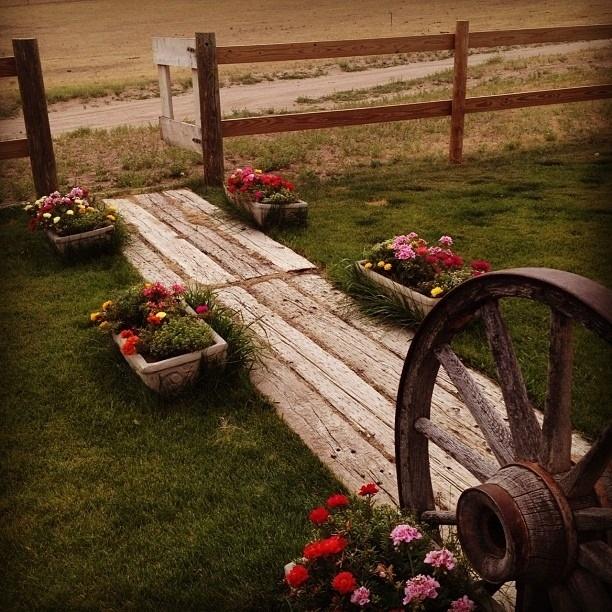 40 Different Garden Pathway Ideas: Garden Yard Ideas, Outdoor