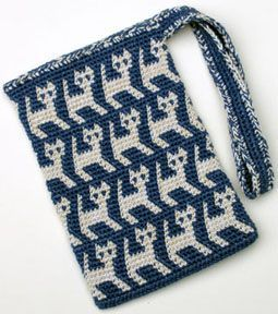 A Perrrrfectly Wonderful Tapestry Crochet Kitty Bag with free graph. Thinking about an orange background and black cat for Halloween.