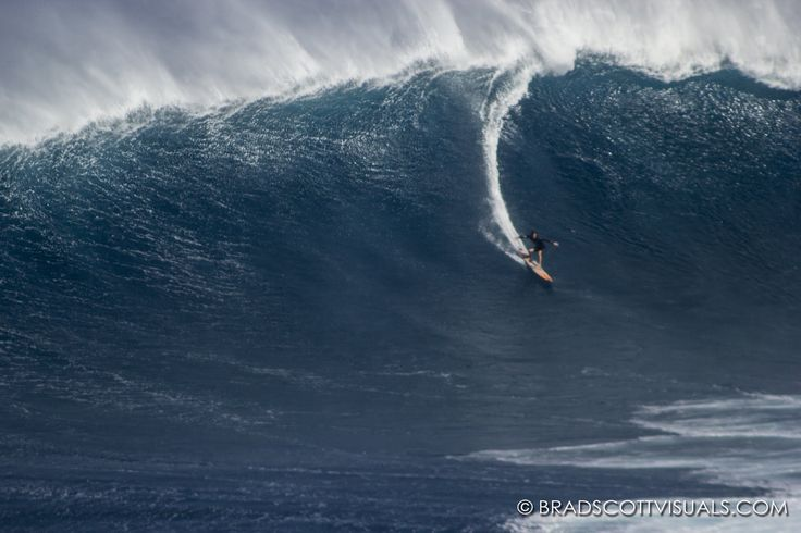 Epic Big Wave Surfing at JAWS 12-13-2013 -The Biggest Wave on Earth