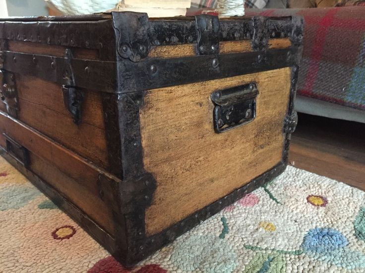 Antique STEAMER TRUNK, Blanket CHEST, Coffee TABLE, PINE Travel Toy Storage BOX in Home, Furniture & DIY, Furniture, Trunks & Chests | eBay