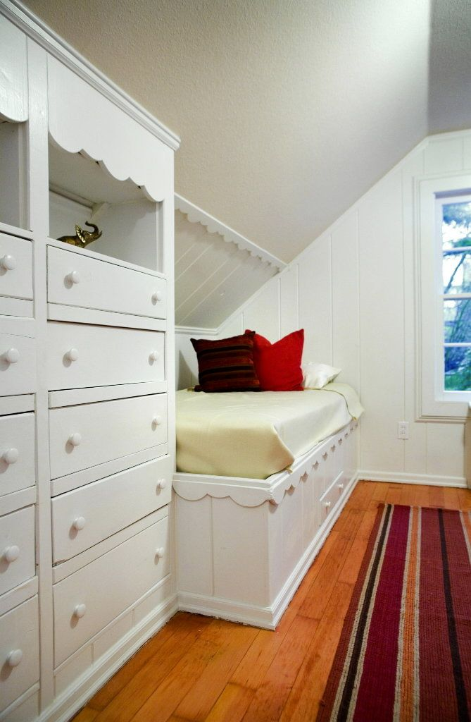 17 best images about crawl space ideas on pinterest for Bunk beds built into wall